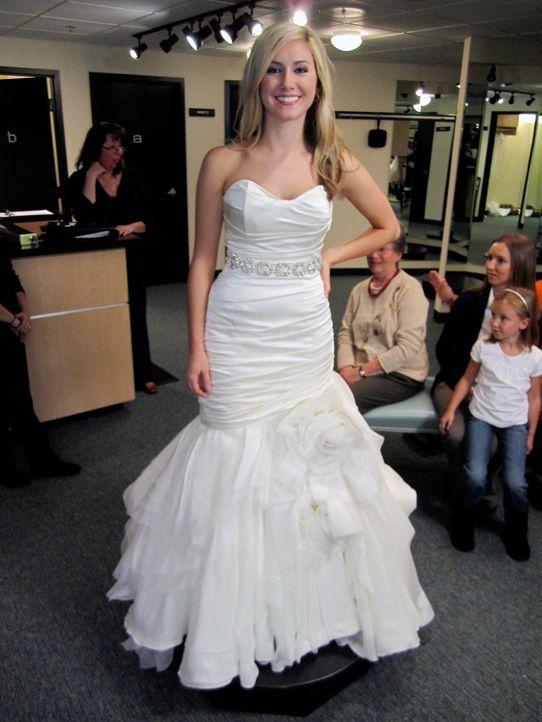 """Lindsay hat ihre ganz eigenen Vorstellungen von ihrem perfekten Auftritt als Braut. Ihr Motto: """"Zeige, was du hast!"""" Ihre konservative Großmutter te... - Bildquelle: TLC & Discovery Communications"""