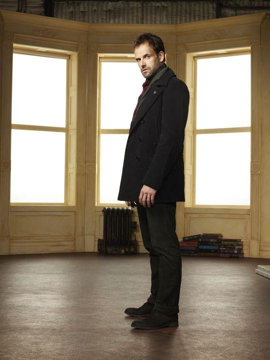 (2. Staffel) - Klärt Kriminalfälle auf seine höchst eigenwillige Weise: Sherlock Holmes (Jonny Lee Miller) ... - Bildquelle: CBS Television
