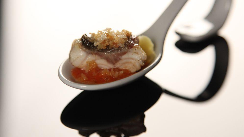 Loup de Mer mit Kartoffelstampf & Tomatensugo mit Sternanis