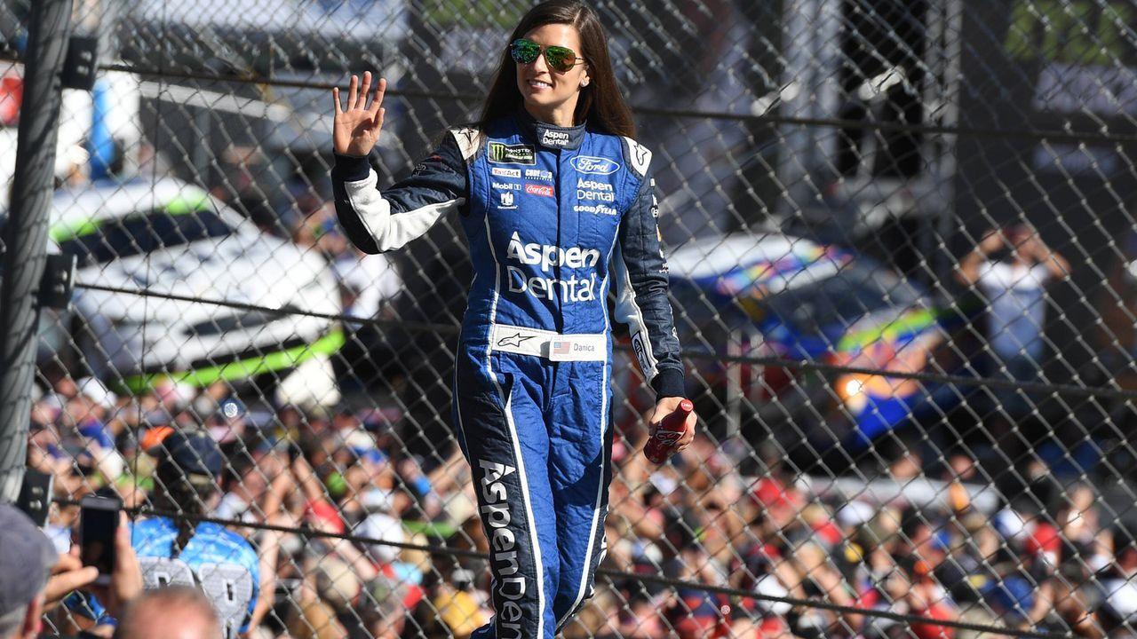 Danica Patrick: Die schnellste Frau der Welt hört auf - Bildquelle: imago/MediaPunch