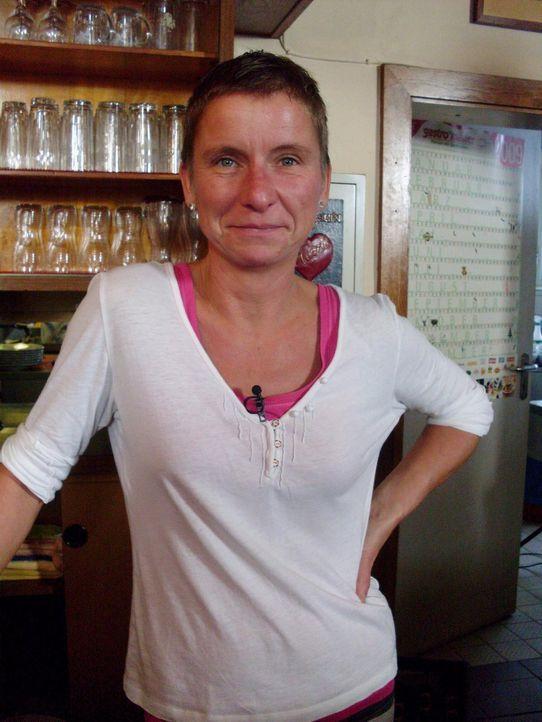 Chefin Jana macht sich sorgen um das Restaurant, denn die Insolvenz steht kurz bevor ... - Bildquelle: kabel eins