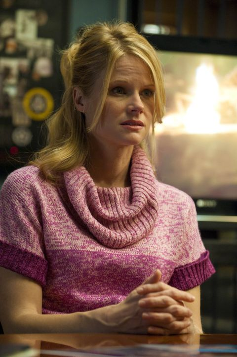 Wird Ava Crowder (Joelle Carter) Boyd in Schutz nehmen? - Bildquelle: 2011 Sony Pictures Television Inc. and Bluebush Productions, LLC. All Rights Reserved.