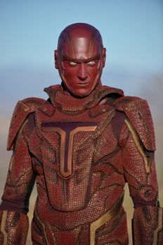 Supergirl - Auf Befehl des Militärs hin soll es Supergirl mit dem Militär-Cyb...