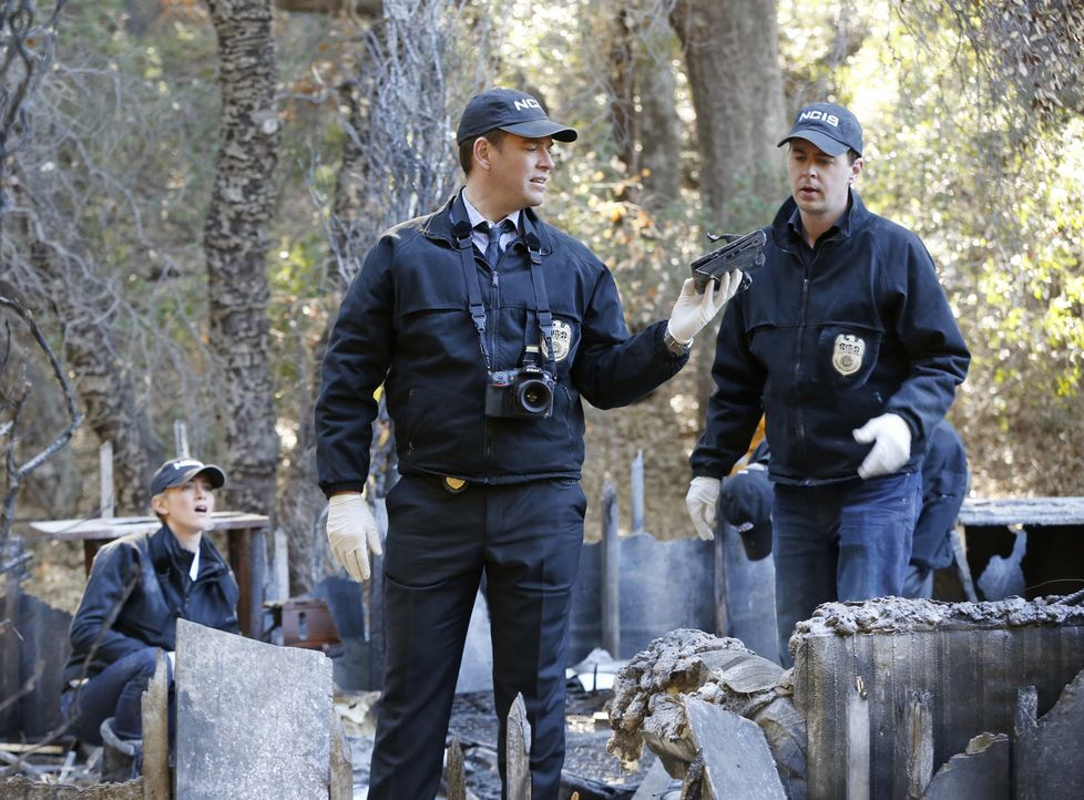 Bei den Ermittlungen in einem neuen Fall: McGee (Sean Murray, r.), Anthony (Michael Weatherly, M.) und Ellie (Emily Wickersham, l.) ... - Bildquelle: CBS Television