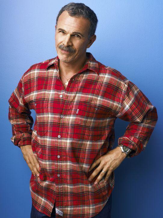 (1. Staffel) - Vater Ignacio (Tony Plana), ein Auswanderer aus Mexiko, liebt seine Kinder über alles und kocht für sein Leben gern ... - Bildquelle: Buena Vista International Television