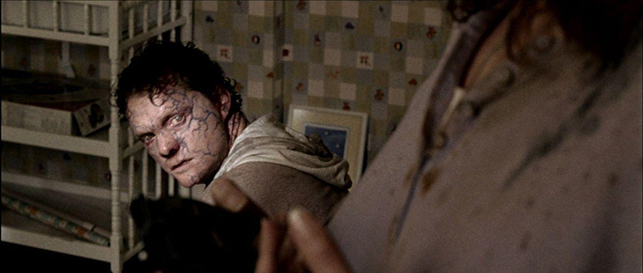 In der einstigen Idylle lauern inzwischen mörderische Bestien wie der junge Curt (Justin Welborn) ... - Bildquelle: Saeed Adyani 2010, Overture Films, Participant media, Imagenation Abu Dhabi