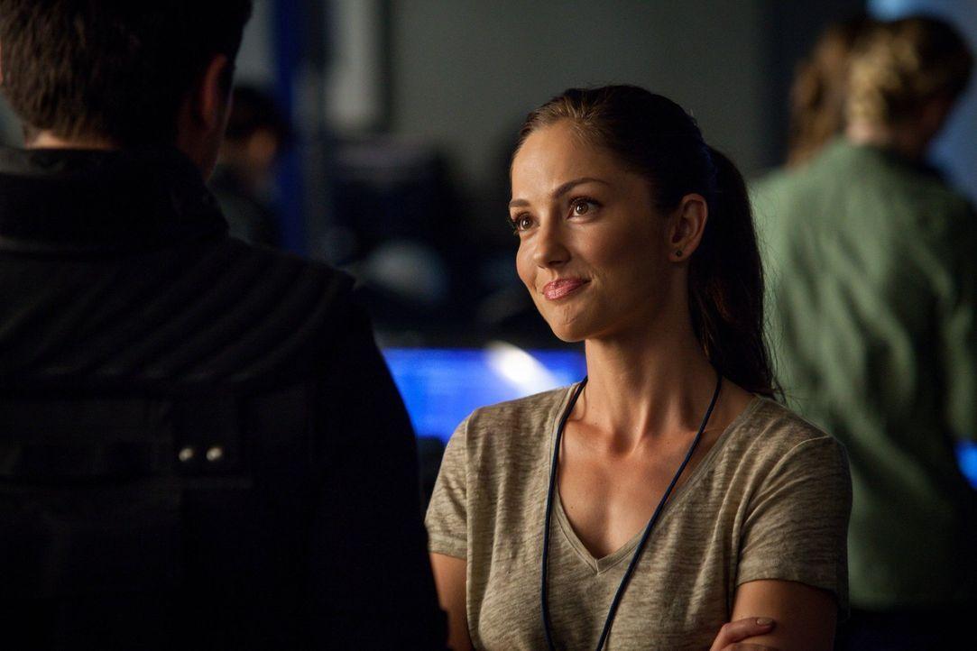 Werden Valerie (Minka Kelly) und das Team Schuld am Tod vieler Menschen sein? - Bildquelle: Warner Bros. Television