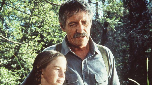 Laura (Melissa Gilbert, l.) und ihr Großvater (Arthur Hill, r.) haben sich wi...
