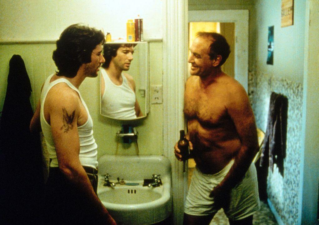 Zack Mayo (Richard Gere, l.) will keinesfalls so enden wie sein heruntergekommener Vater Byron Mayo (Robert Loggia, r.) und beschließt deshalb, sic... - Bildquelle: Paramount Pictures