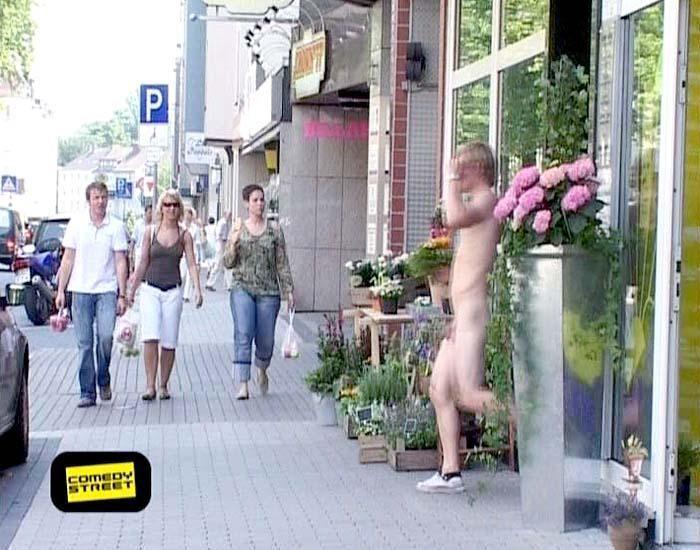 comedystreet-st-04-epi-02-grab-simon-gosejohann-03-prosiebenjpg 700 x 550 - Bildquelle: Guido Ohlenbostel ProSieben
