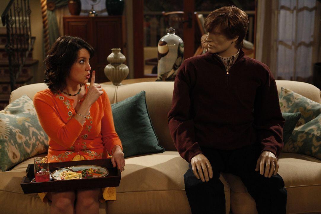 Wird Rose' (Melanie Lynskey, l.) Geheimnis um ihrem Ehemann auffliegen? - Bildquelle: Warner Brothers Entertainment Inc.
