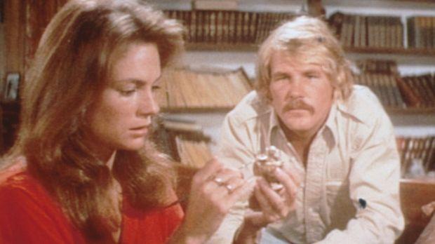 Gail (Jacqueline Bisset, l.) und David Sanders (Nick Nolte, r.) haben in eine...