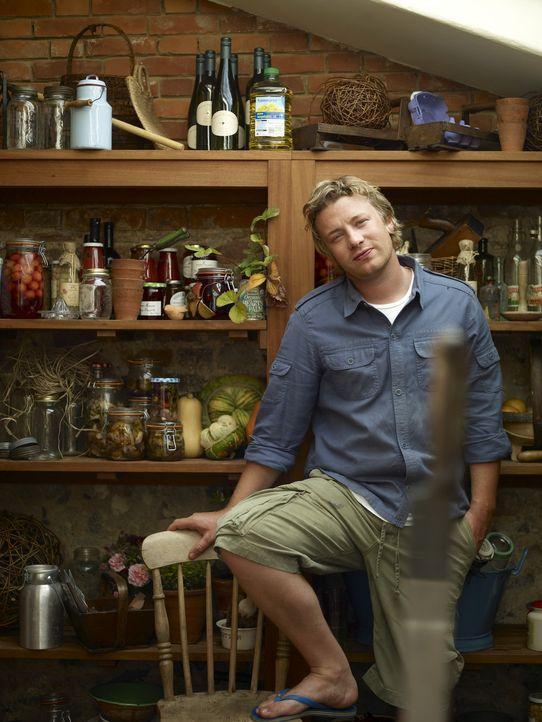 (2. Staffel) - Jamie Oliver hat in den letzten Jahren viel erlebt, doch jetzt geht er zurück zu seinen Wurzeln ... - Bildquelle: Fremantle