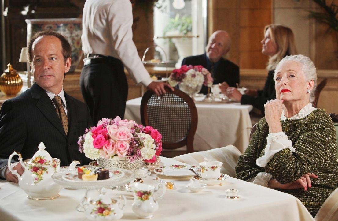 """Frank Davis (Jeff Harlan, l.) ist """"der Mann fürs Grobe"""", der jeden Auftrag von Lenanne Wellesley (Jill Andre, r.) ausführt. würde er auch für sie mo... - Bildquelle: ABC Studios"""