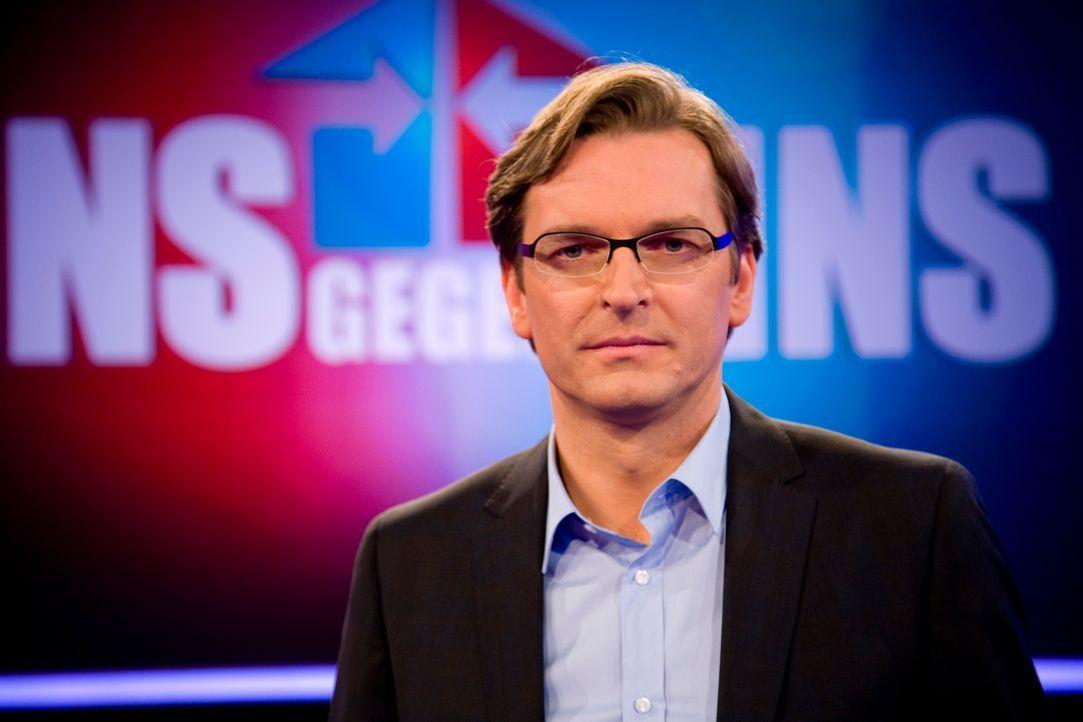 Eins-gegen-Eins-Claus-Strunz-006 - Bildquelle: SAT.1/Richard Hübner