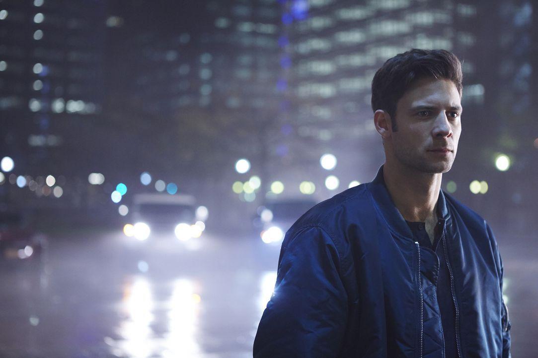 Wird es Nick (Steve Lund) tatsächlich gelingen, sich gegen die Verwandlung zu wehren, die sein ganzes Leben verändern würde? - Bildquelle: 2015 She-Wolf Season 2 Productions Inc.