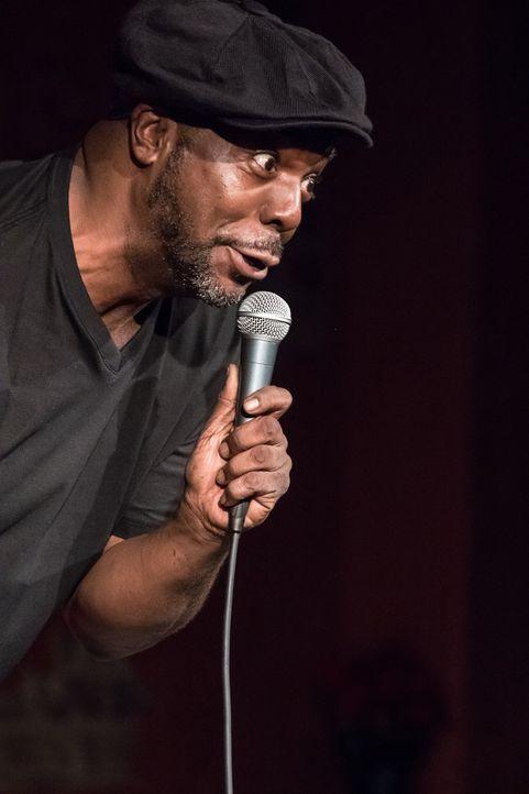 3. Besuche Comedy-Shows!Lachen ist die beste Medizin! Das alte Sprichwort be...