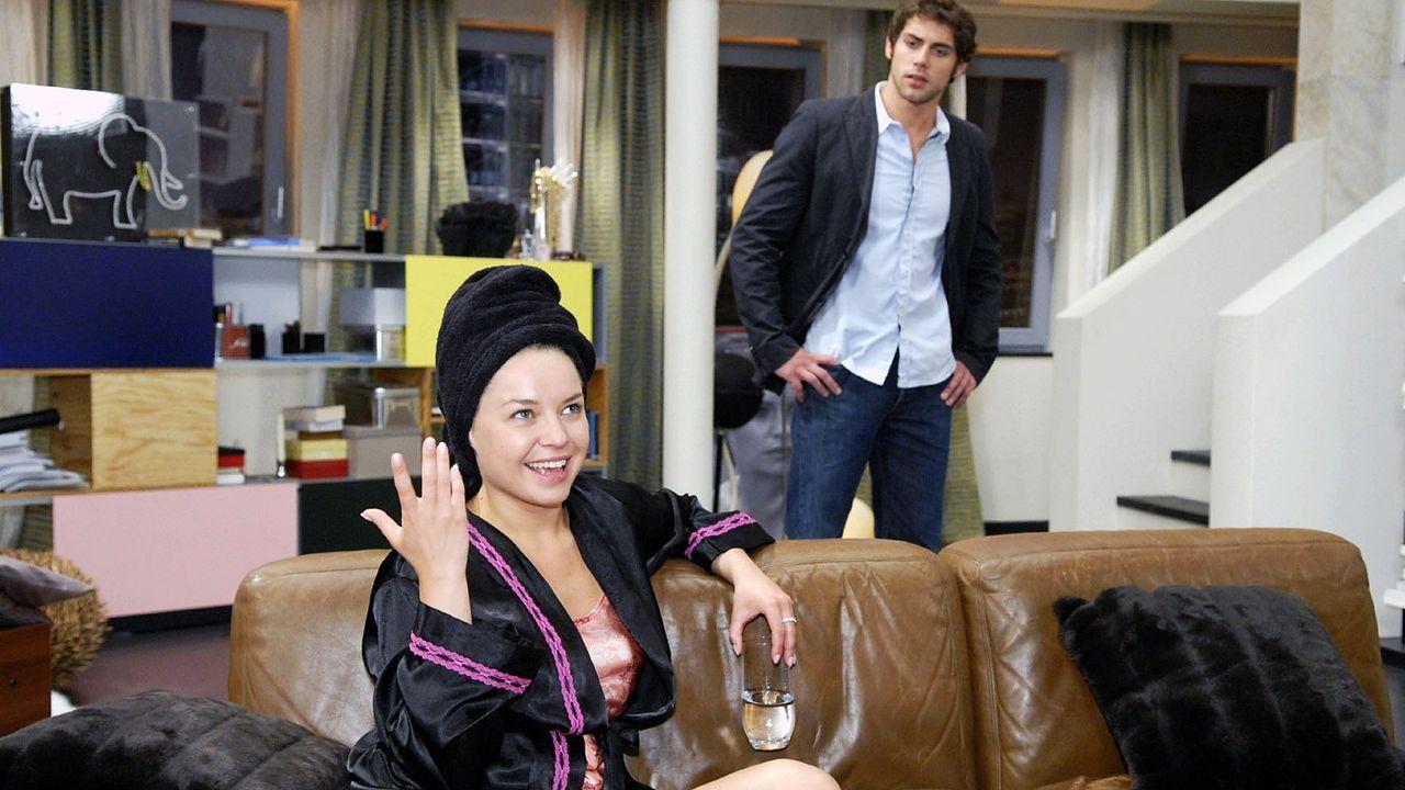 anna-und-die-liebe-Folge-209-02-SAT1-Christoph-Assmann - Bildquelle: Sat.1/Christoph Assmann