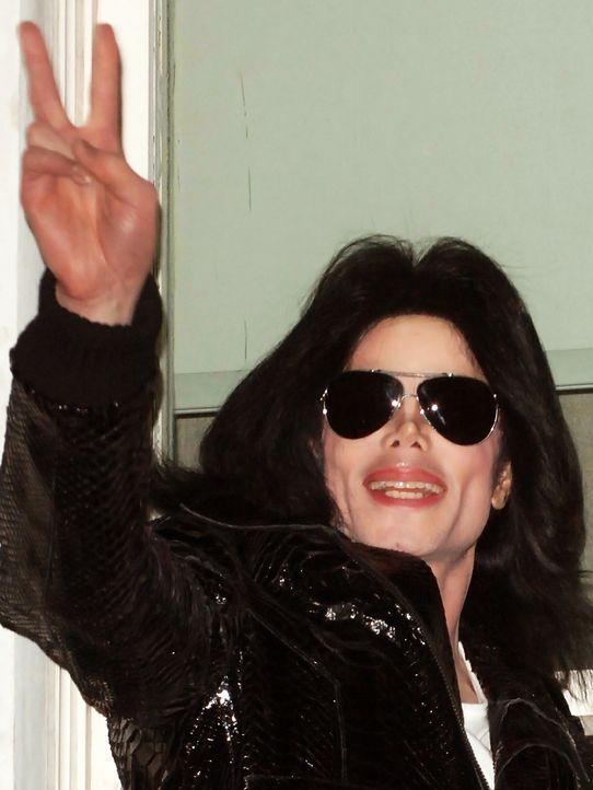 Michael-Jackson-06-11-13-Z-Tomaszewski-WENN - Bildquelle: Z. Tomaszewski/WENN