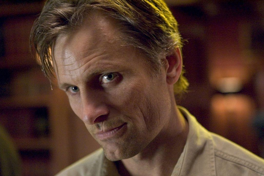 Auf Rachefeldzug: der scheinbar harmlose Coffeeshop-besitzer Tom (Viggo Mortensen) ... - Bildquelle: 2005 Warner Bros.