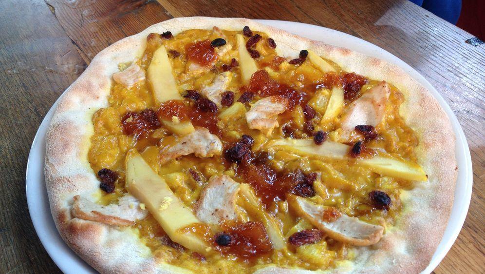 Pizza Bombay