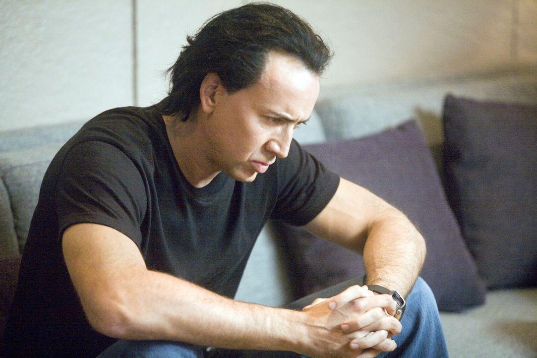 Der eiskalte Auftragskiller Joe (Nicolas Cage) kommt nach Bangkok, um dort einige Aufträge für einen thailändischen Gangsterboss zu erledigen. Al...