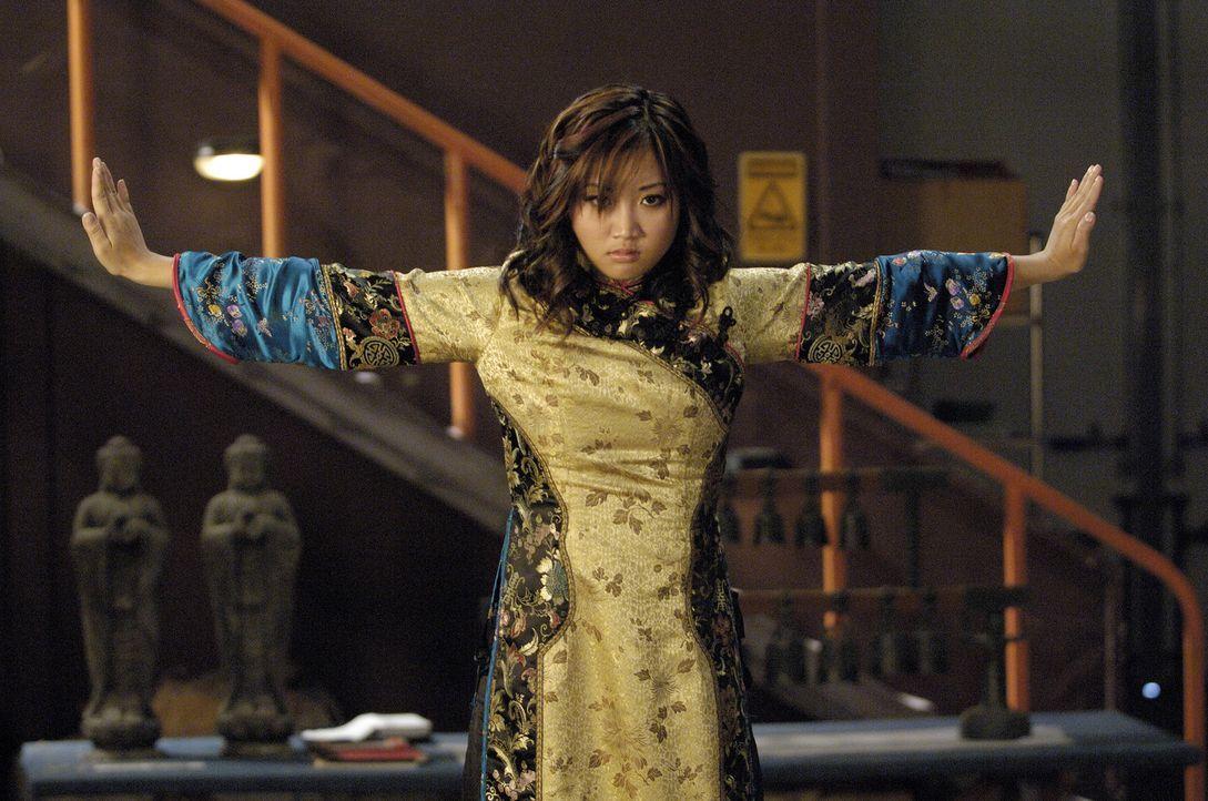 Wendy Wu (Brenda Song) wehrt sich anfangs hartnäckig gegen ihre neue Aufgabe, doch mit der Zeit spürt sie ihre Bestimmung ... - Bildquelle: Buena Vista International Television