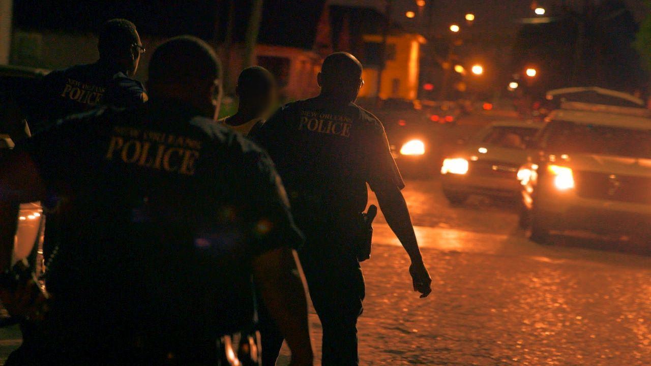 Die tapferen Polizisten tun Tag und Nacht alles dafür die Drogenkriminalität und Waffengewalt in den schlimmsten Teilen von New Orleans in den Griff... - Bildquelle: 2015 Wolf Reality, LLC and 44 Blue Productions, Inc.  All Rights Reserved.
