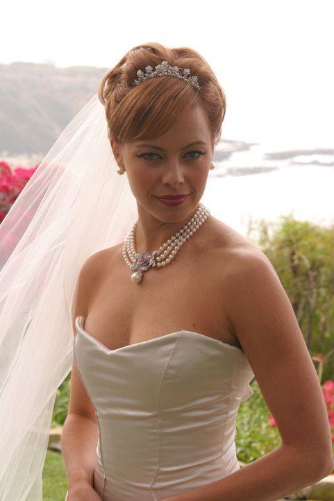 Julies (Melinda Clarke) lang ersehnter großer Tag ist gekommen ... - Bildquelle: Warner Bros. Television
