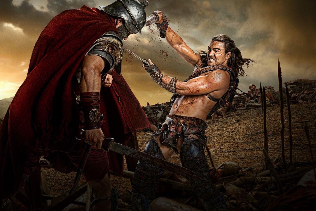 Macht seinen Feinden immer wieder deutlich, dass nichts über eine gute Gladiatorenausbildung geht: Gannicus (Dustin Clare, r.) ... - Bildquelle: 2012 Starz Entertainment, LLC. All rights reserved.