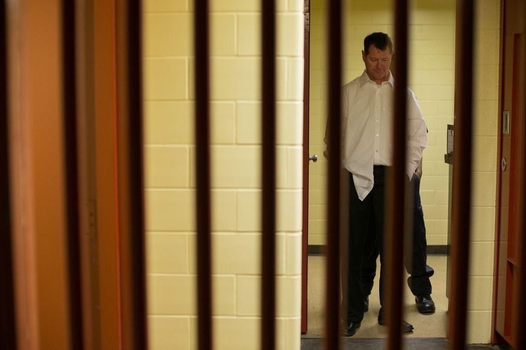 Steve Rambam (Bild) findet heraus, dass sogar das FBI in die Machenschaften des Komplotts verstrickt ist - und wird daraufhin selbst verhaftet. Und... - Bildquelle: Darren Goldstein Cineflix 2014