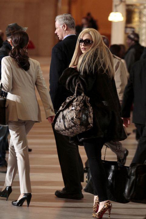 Gesichtet! Georgina (Michelle Trachtenberg) ist wieder in der Stadt. - Bildquelle: Warner Bros. Television