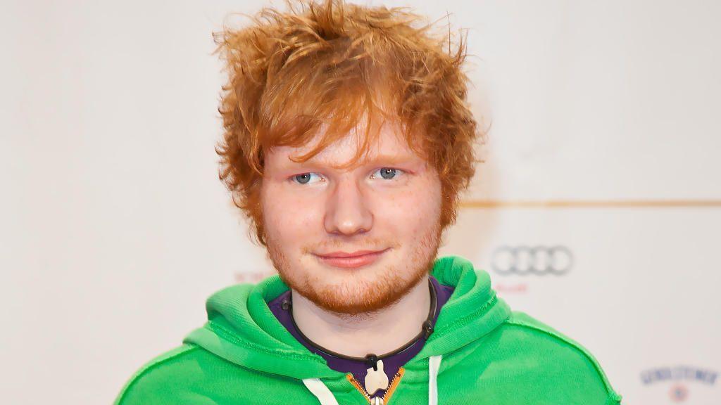 Biografie: Ed Sheeran 1024 x 576 - Bildquelle: Eva Napp WENN.com
