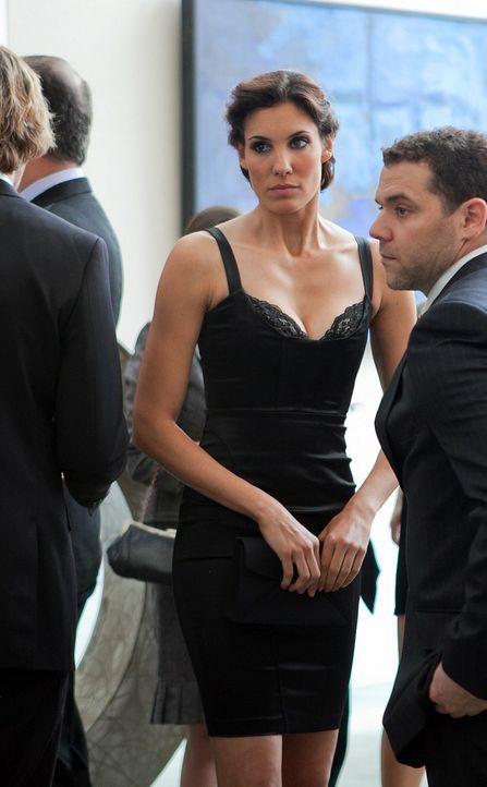 Um die nationale Sicherheit zu wahren, ermittelt Kensi (Daniela Ruah, 2.v.r.) gemeinsam mit ihren Kollegen undercover in einem neuen Fall ... - Bildquelle: CBS Studios Inc. All Rights Reserved.