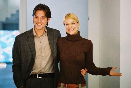 Familie auf Bestellung - Eva (Heike Makatsch, r.) und Alex (Patrick Rapold, l...