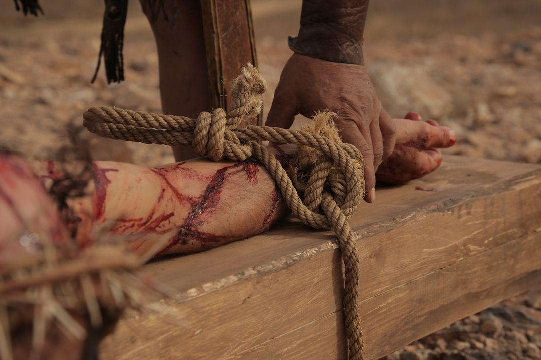 Gekreuzigt: Jesus von Nazaret wurde laut den Überlieferungen von den Römern auf Befehl von Pilatus hingerichtet... - Bildquelle: Arcadia Entertainment Inc.