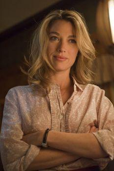 Justified - Winona Hawkins (Natalie Zea) bittet ihren Ex-Mann Raylan Givens u...