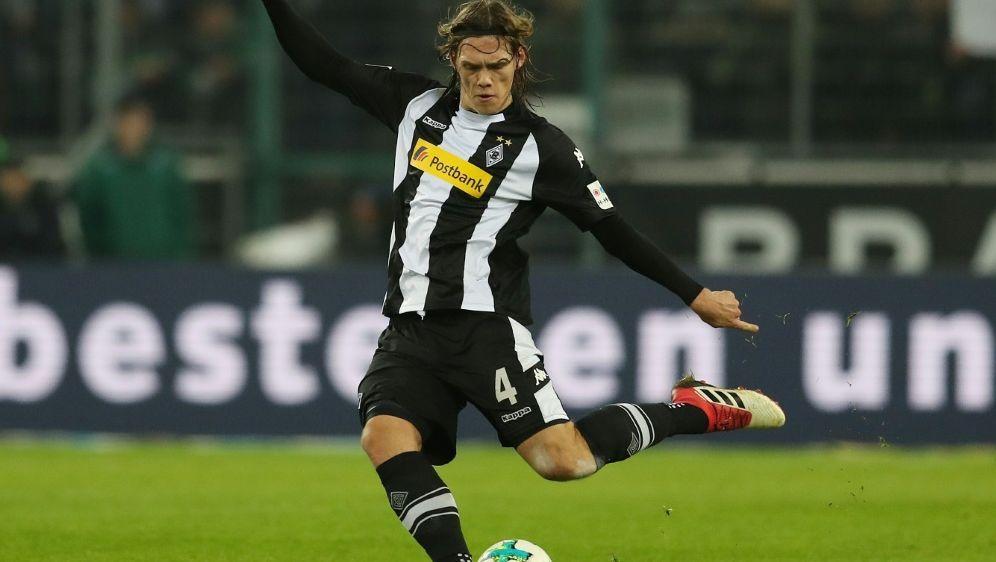 Jannik Vestergaard wechselt in die Premier League - Bildquelle: FIROFIROSID