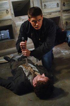 Supernatural - Zwei Menschen sterben kurz vor Halloween in einem kleinen Dorf...