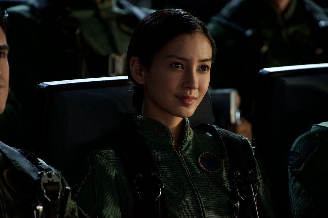 Muss sich dem lebensgefährlichen Kampf gegen die Invasoren stellen: Rain Lao (Angela Yeung Wing) ... - Bildquelle: 2016 Twentieth Century Fox Film Corporation.  All rights reserved.