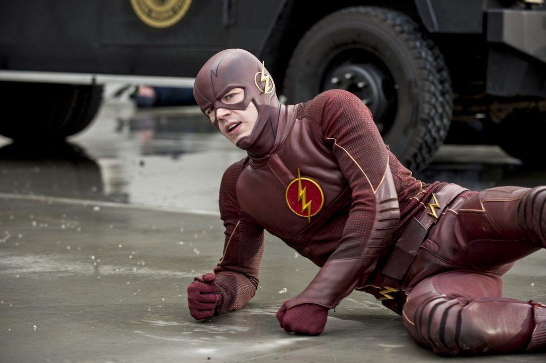 Noch ahnt Barry alias The Flash (Grant Gustin) nicht, wer der Räuber ist und was er alles kann ... - Bildquelle: Warner Brothers.