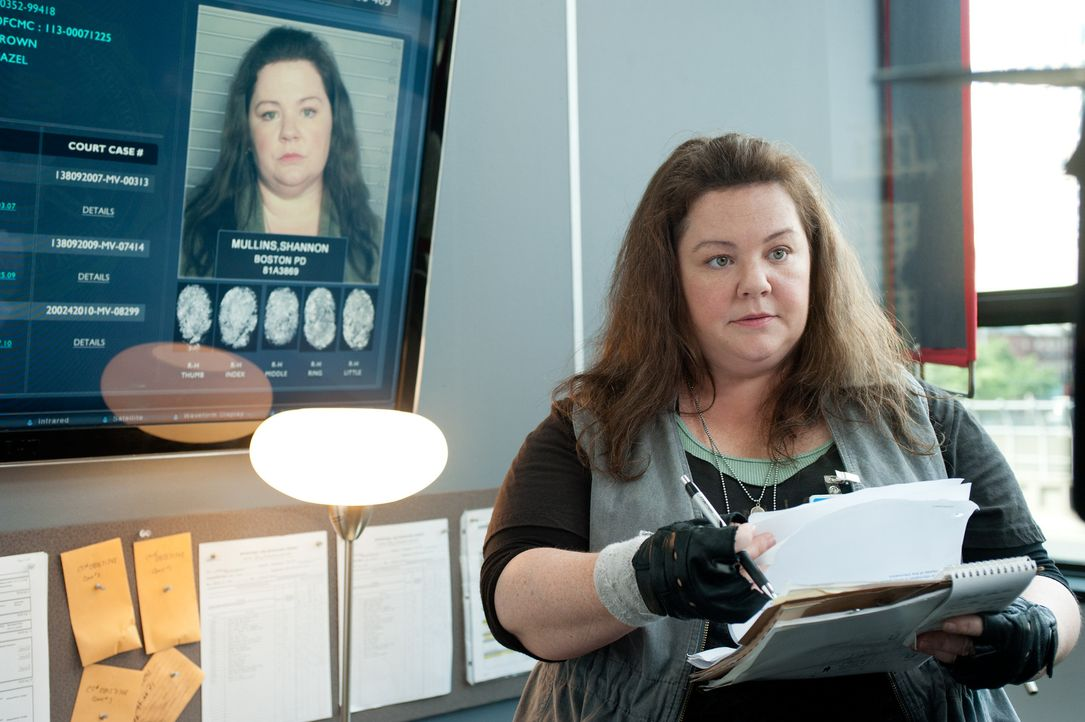 Nicht nur kleidungstechnisch hält sie nicht viel von schick und modern: die resolute Bostoner Polizistin Shannon Mullins (Melissa McCarthy), die sic... - Bildquelle: Gemma Lamana TM and   2013 Twentieth Century Fox Film Corporation.  All Rights Reserved.