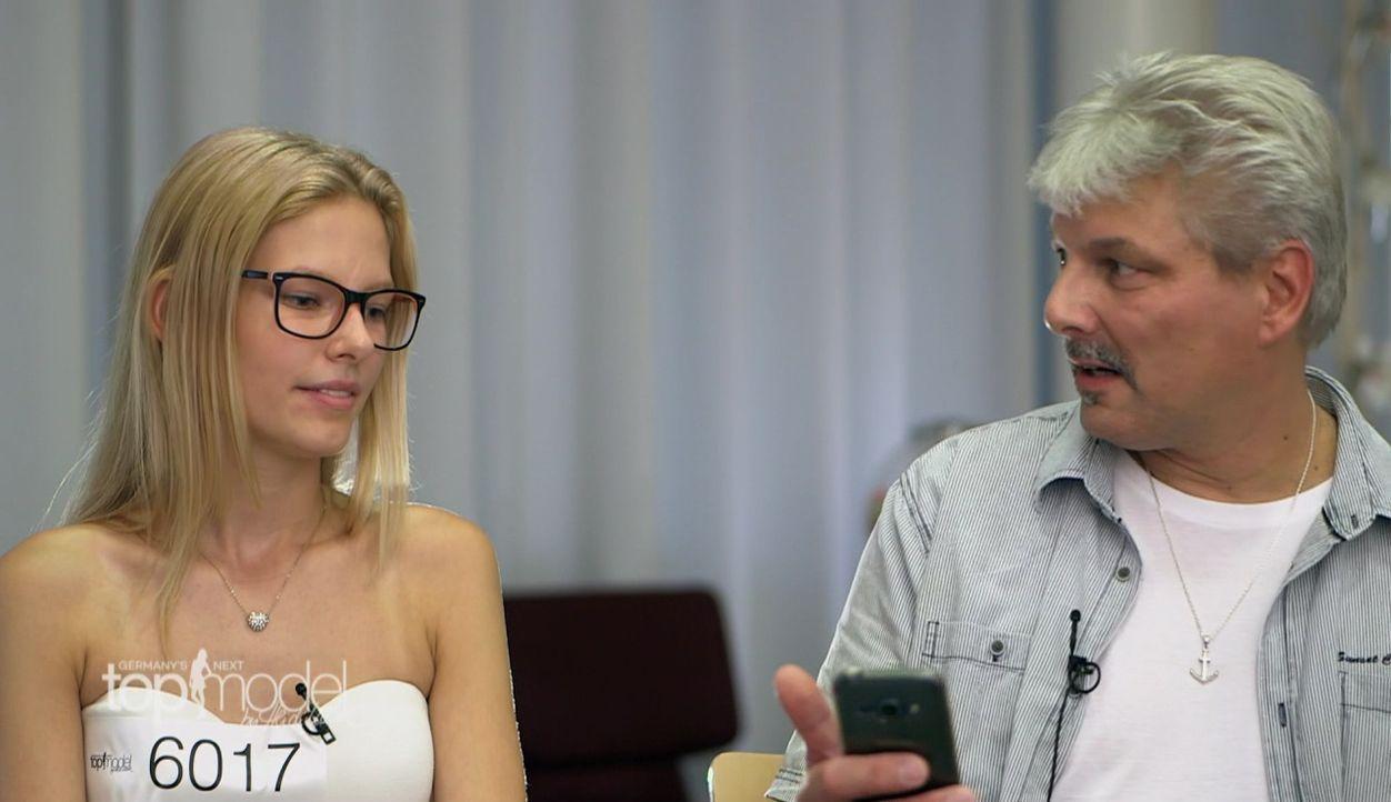 GNTM-S12-Sendung01-Casting-Koeln37 - Bildquelle: ProSieben