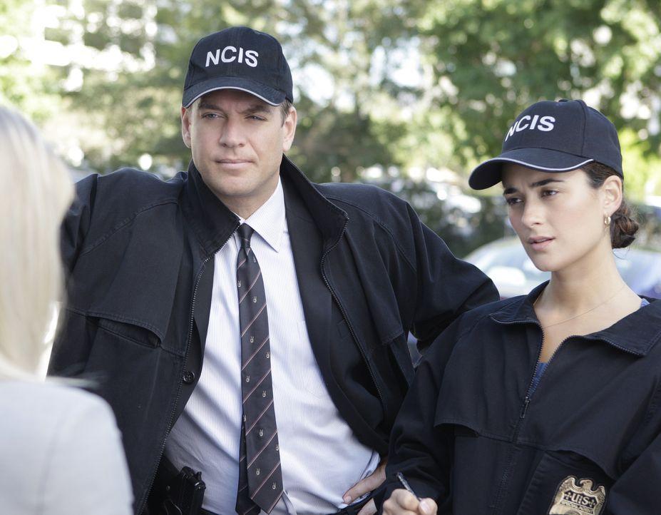 Ermitteln in einem neuen Fall: Anthony DiNozzo (Michael Weatherly, l.) und Ziva David (Cote de Pablo, r.) ... - Bildquelle: CBS Television