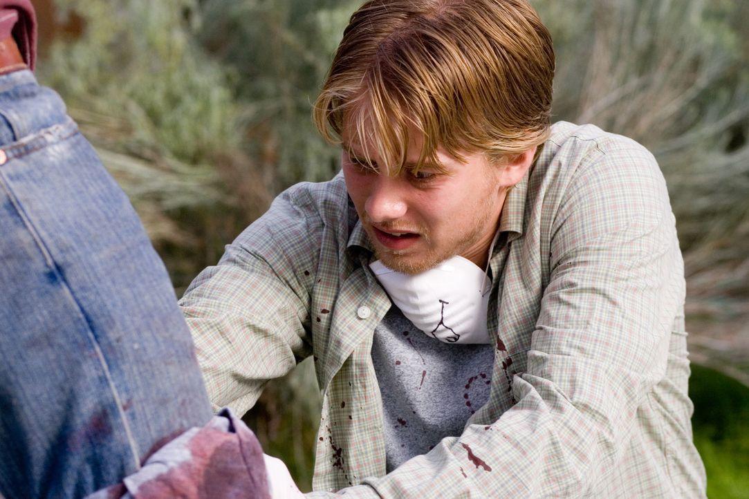 Weil die Jugendlichen ihre eigenen strikten Regeln brechen, muss Danny (Lou Taylor Pucci) schon bald eine schreckliche Entscheidung treffen ... - Bildquelle: 2006 Ivy Boy Productions Inc. - All Rights Reserved