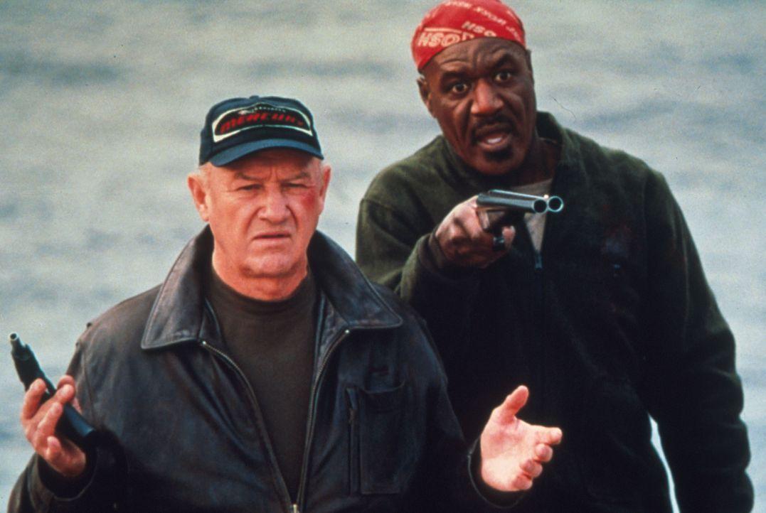 Plötzlich stehen die Gauner Joe Moore (Gene Hackman, l.) und sein Partner Bobby Blane (Delroy Lindo, r.) vor dem finanziellen Ruin. Und nun werden... - Bildquelle: Francise Productions