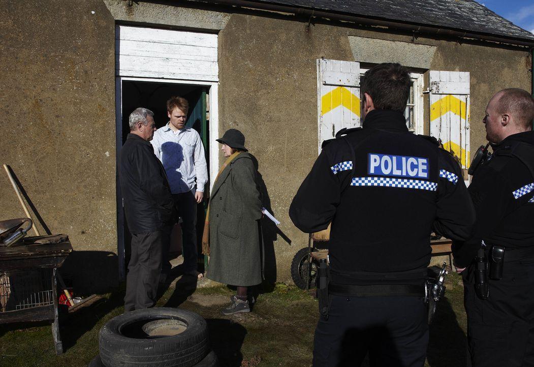 Eine vierköpfige Familie wird von einer auf die andere Sekunde zerstört, das... - Bildquelle: Helen Turton ITV Studios/Helen Turton