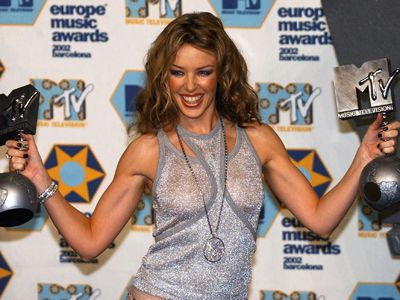 Kylie bei den MTV European Awards im November 2002 - Bildquelle: AFP