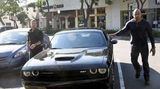 Ein ehemaliger Partner von Sam (LL Cool J, r.) ist während einer Undercover-M...