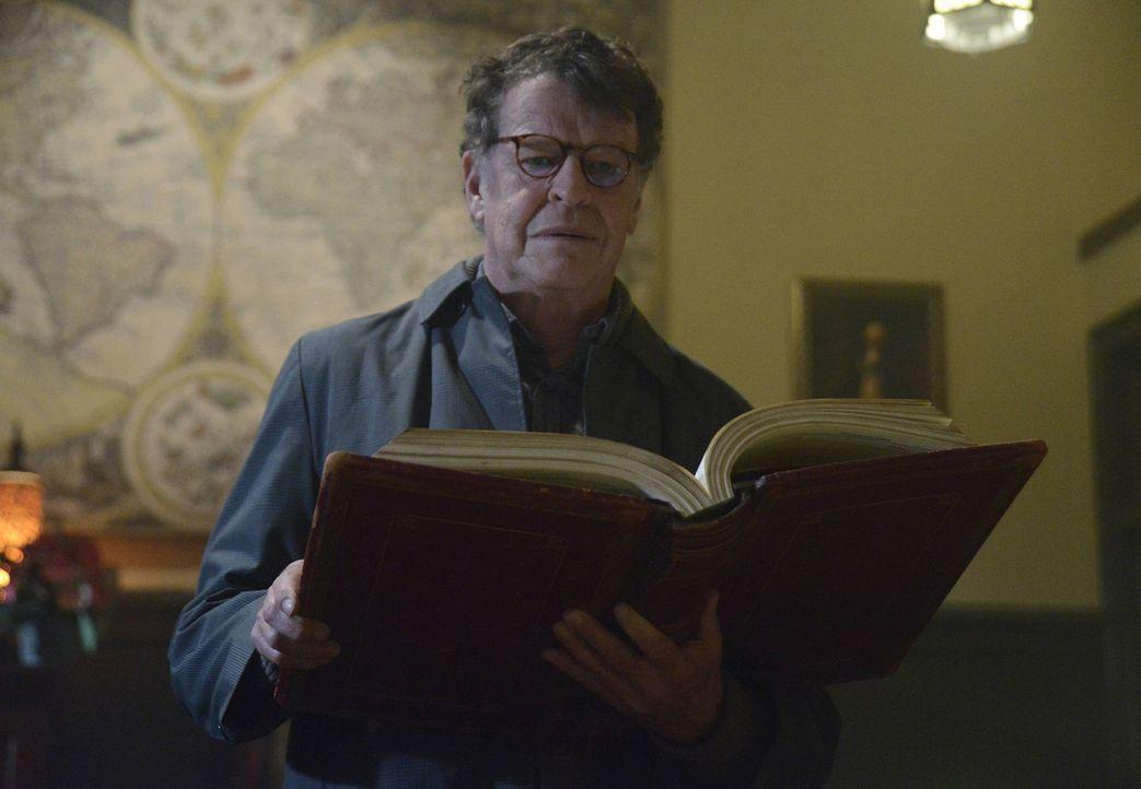 Kann Henry Parrish (John Noble), Ichabod Crane behilflich sein? - Bildquelle: 2013 Twentieth Century Fox Film Corporation. All rights reserved.
